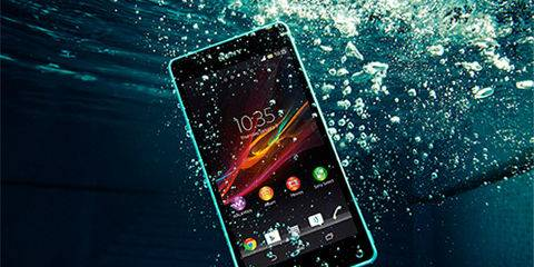 smartphone resistenti acqua