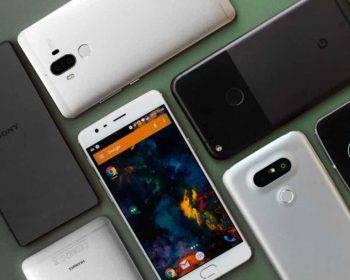 Meglio acquistare uno smartphone media gamma di oggi o un top di ieri?